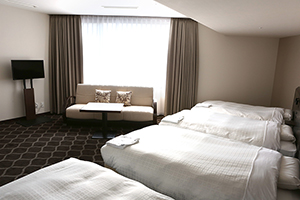 4ベッド+ソファベッド