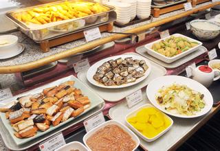 和洋35品以上の朝食バイキング