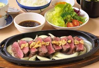 牛ステーキ定食